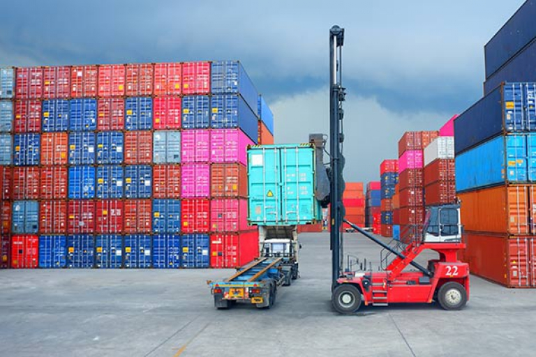 featured-containerstaging-AdobeStock_262033974